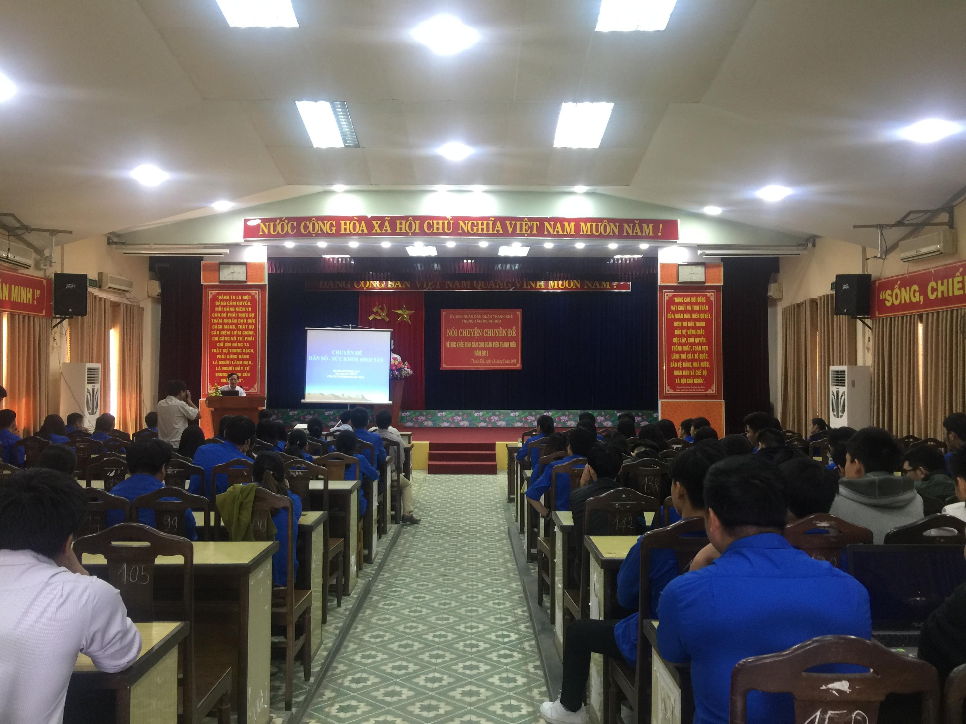Quận Đoàn Thanh Khê tổ chức Tư vấn Sức khỏe sinh sản cho thanh thiếu niên
