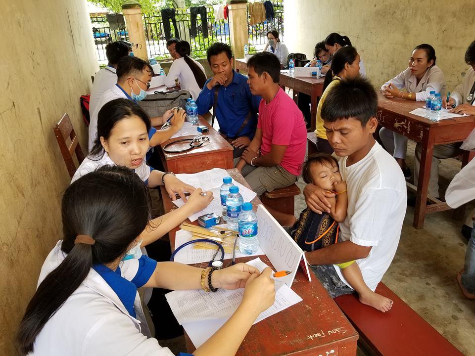 Thành Đoàn Đà Nẵng tổ chức tình nguyện quốc tế tại nước Cộng hòa Dân chủ Nhân dân (CHDCND) Lào