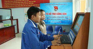 166 tài khoản công dân điện tử được các tình nguyện viên hỗ trợ cho công dân tại quận Cẩm Lệ