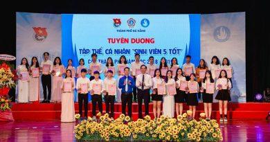 Kỷ niệm 70 năm Ngày truyền thống HSSV Việt Nam và Tuyên dương Sinh Viên 5 tốt cấp thành phố năm học 2018 – 2019.