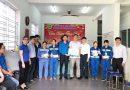 Trao 4.000 khẩu trang y tế và 400 chai nước sát khuẩn cho công nhân Xí nghiệp Môi trường Đà Nẵng