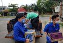 Thành Đoàn tổ chức trao các nhu yếu phẩm và vật tư y tế tại 8 chốt trực kiểm soát dịch Covid_19 trên địa bàn thành phố